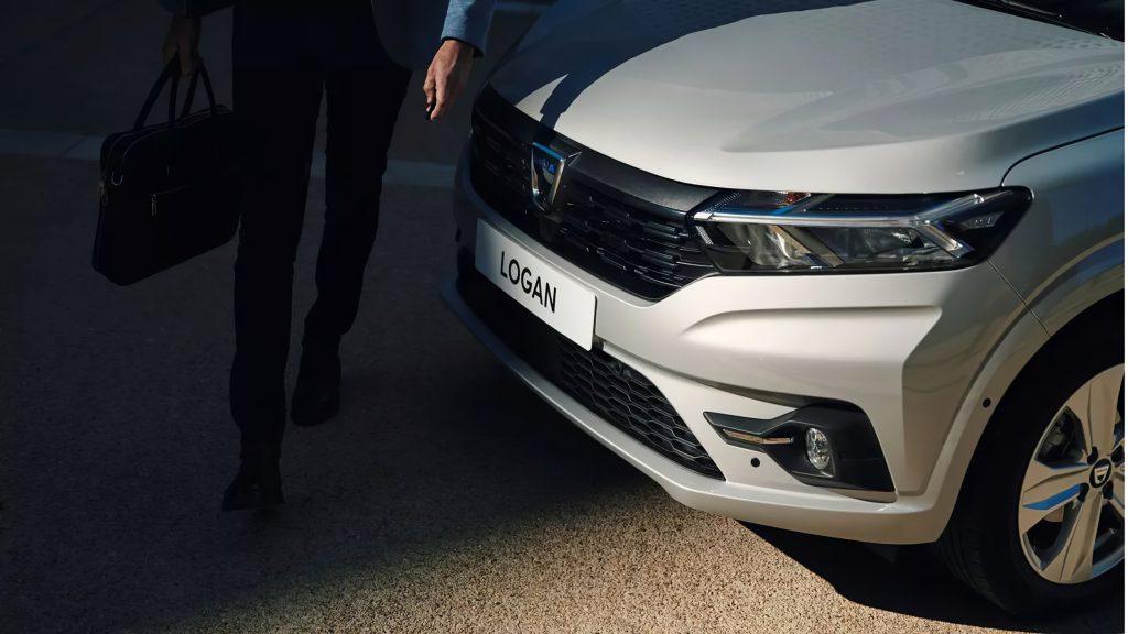 mașini de închiriat Dacia Logan 2021